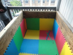247929 855670059901 172007847 43711672 2306665 n 300x225 How To Build A Ball Pit   ON YOUR BALCONY
